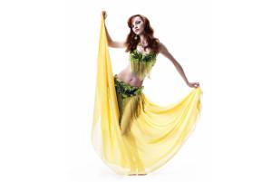 便秘解消、小顔、美肌など女性にメリット大!流行りのベリーダンスとは一体?