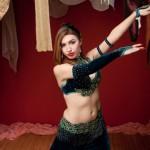 初心者が覚えるべきベリーダンスの基本動作3選!
