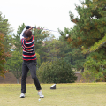 ゴルフのバックスイングのコツと正しい体重移動について