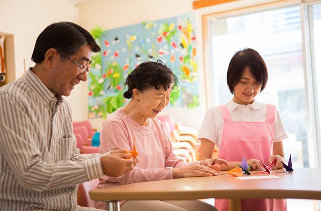 軽費老人ホームとはなに?介護職員実務者研修は必要?