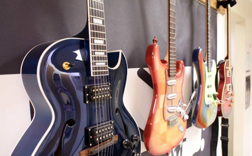 ギター、ベースをお持ちの皆さん。弦のお手入れを忘れずに!!
