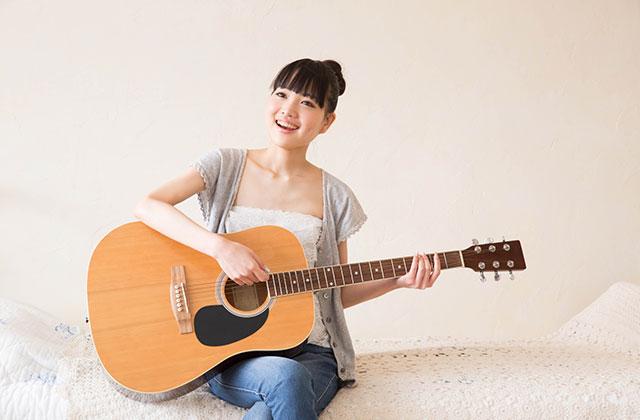 ギター教室と部屋での練習、どっちを選ぶべき?ギター教室は長いブランクがあっても大丈夫?