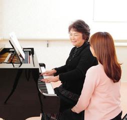 50歳からのいきいきピアノレッスン|大好きだったあの曲をピアノで…夢が叶います。