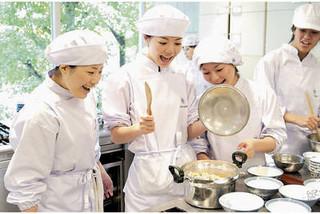 栄養士科(昼間部・2年) 【服部栄養専門学校・代々木・新宿】