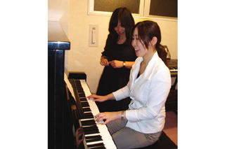 憧れの曲が弾けるように♪大人のためのピアノコース
