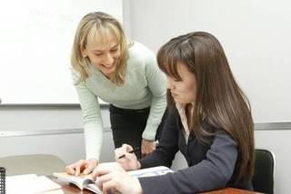 プロの講師に学ぶ少人数制!スペイン語グループレッスン