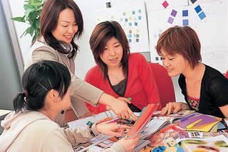カラーコーディネーター養成コース/教育訓練給付金指定講座