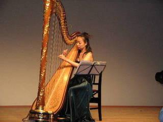 無料体験レッスンでハープを弾いてみよう!【名古屋】