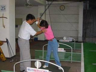 ミズノゴルフスクール(神宮外苑) 毎日レッスンクラスあり