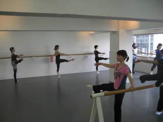 お勤め帰りに!表参道で大人から始めるクラシックバレエ