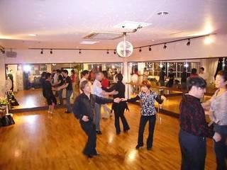 キューバンサルサ&ルエダ 初心者から上級者まで一緒に楽しく踊れます!