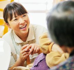 就職・転職希望の方必見!受講料0円で介護職員初任者研修を取得