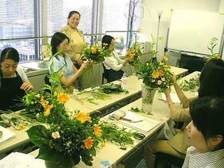 花を教えるプロになる。フラワーレッスンプロセミナー