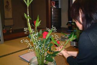 [松屋町] 装和きもの学院 華道(未生流大阪) 月¥8,640