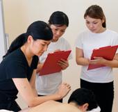 国内No.1の会員数を誇るAEAJの最上位資格!アロマセラピスト資格対応コース