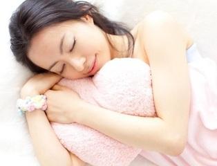 自然な眠りで熟睡したい!30~40代女性のための『深い眠りを得られるアロマテラピー講座』