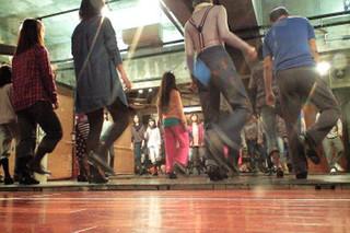 タップダンス専門スタジオ Studio R3講師 ☆ MIYO 先生の、TAP ☆ 水曜夜