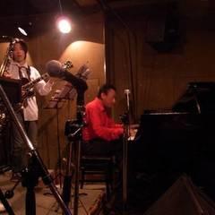 ジャズピアノやってみよう! 八事駅徒歩10秒!