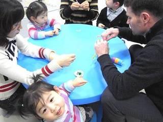 ママと一緒に初めての英語!1・2歳親子英会話コース(2レベル)