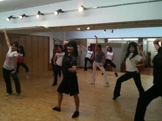 金曜開催 大人のためのチアダンス〜初中級以上〜