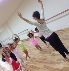 ☆バレエクラス☆3歳~受講OK!!