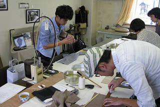 洋服作りの為の職人技術が詰まった<オーダーパンツコース>
