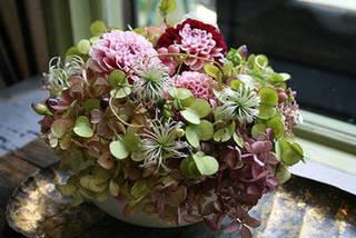 お花で季節を楽しもう。フラワーアレンジメントレッスン