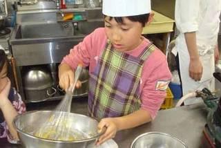 小学生ケーキ教室(楽しく・美味しく・失敗しないケーキ作り