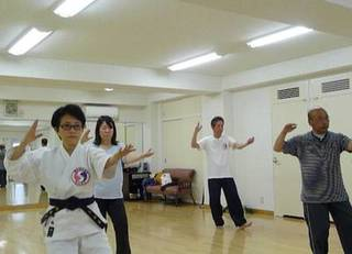 太極拳で健康キレイ 【千代田区 本部道場】