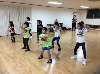 【春日井出川】ダンス&英語でレッスン