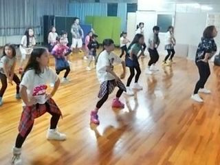 天白・緑・日進東郷校キッズ(低学年)楽しく元気に、踊ろう!