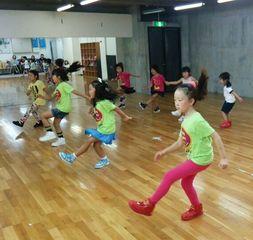 中川山王校キッズ(低学年)楽しく元気に、踊ろう!