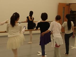 新スタジオでバレエ体験!一回1500円☆その場で入会特典あり