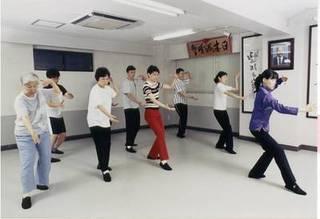 大阪で太極拳・気功を習う。梅田駅前。体の内側から健康に!