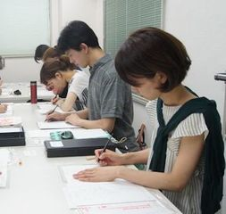 漢字・ペン字・かな・くらしの書、目的別にコースを選択(銀座校)