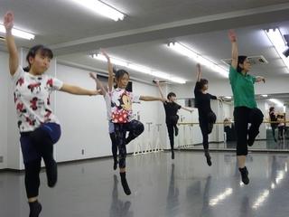 【木曜19時30分~】踊りも笑顔も磨こう!!テーマパーク☆