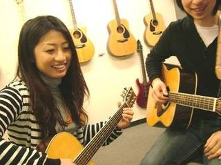 宮地楽器 MUSIC JOY 新宿&nbspアコースティックギタースクール 新宿駅
