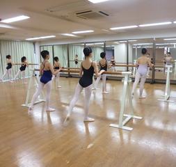 《小学校低学年クラス》 バレエレッスン無料体験@久米川