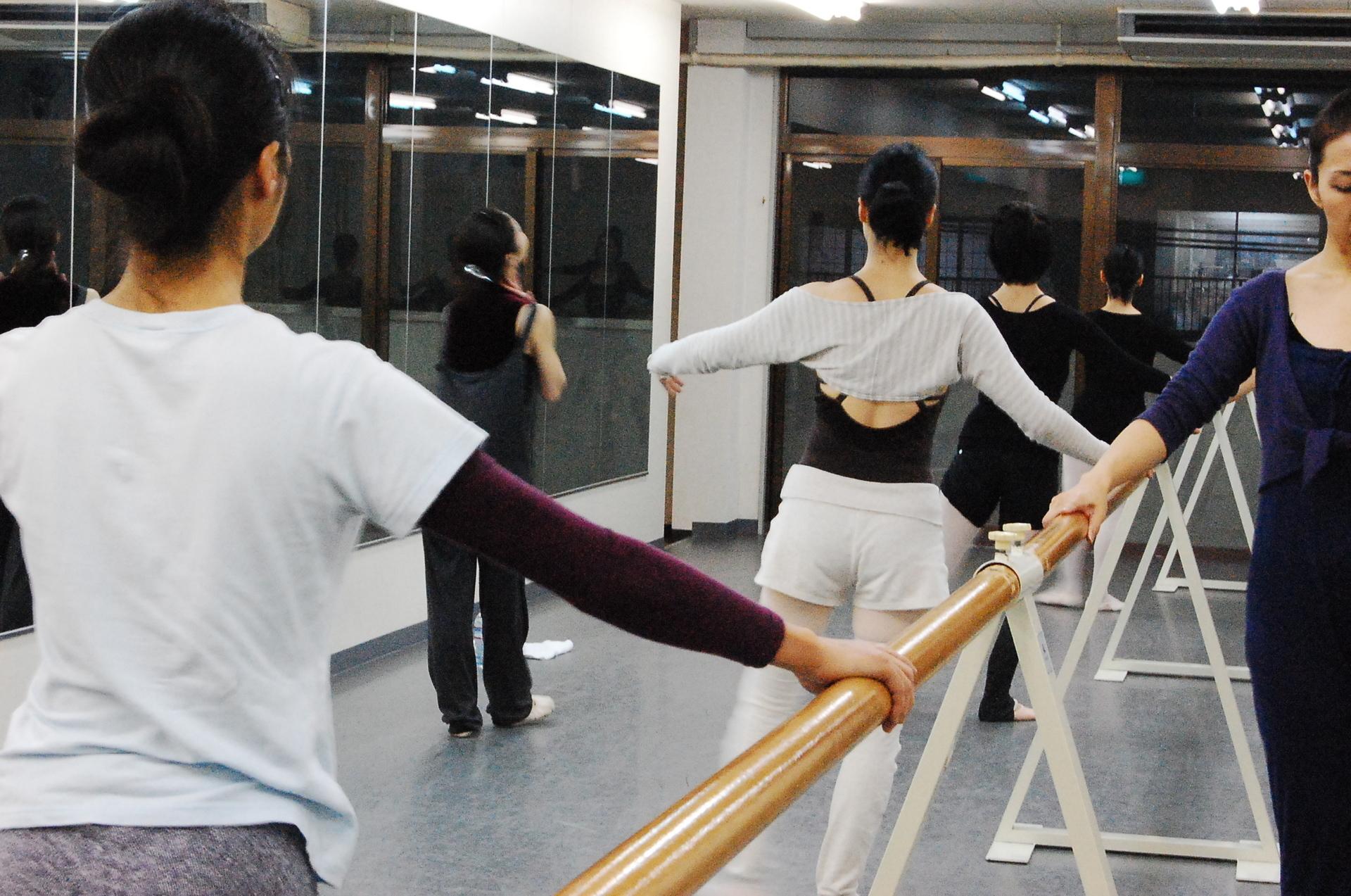 ダンススタジオ・ツーステップ