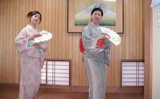 ♪日本舞踊と一緒に着付けも学べる