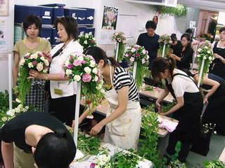 2017年フラワー装飾技能士(2級)は装飾技能士指導校で。早特有 25万円~