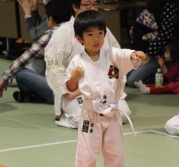 東京空手倶楽部 中央区浜町教室幼児・子供