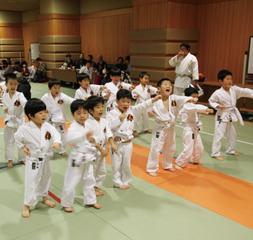 江東区深川小学校教室
