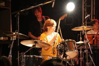 業界初!好きな曲の楽譜をカスタマイズ!必ず叩ける!仕事帰りに休日に新宿でドラムのお稽古☆