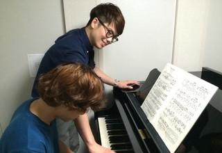 まずはピアノを弾いてみましょう☆ピアノ体験☆