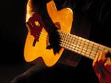 繊細で優しい音色【クラシックギター】