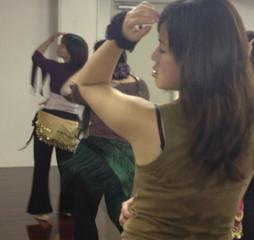 【初心者大歓迎】ベリーダンス体験レッスン開催中!【東京 池袋】で可愛いウェアを着て踊ってみませんか?