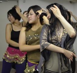 【東京 高田馬場】でベリーダンスに挑戦!初心者の方でも安心出来る、ベリーダンス教室です!