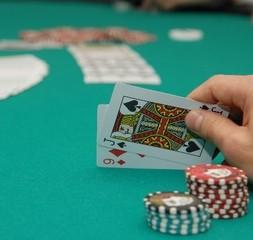 ポーカーのディーリングが学べる選択コース『ポーカー専攻』