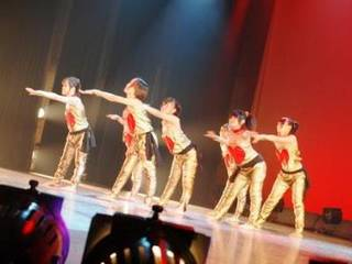 ダンススクール@立川、国立、昭島、日野市のジャズヒップホップ